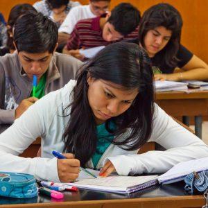 En Perú, el 27% de los ingresantes a universidades privadas abandonan su carrera en el primer año de estudios